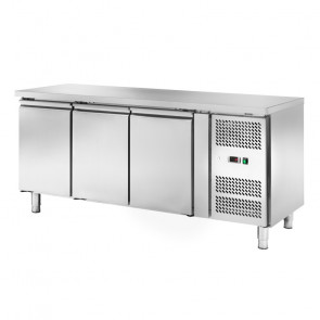 Banco Refrigerato Ventilato 3 Porte AKS3104TN - Capacità Lt 262 - Prof Cm 60 - Temp -2° +8°C